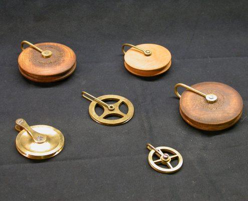 Beispiel 11 Umlenkrollen für Uhrengewichte
