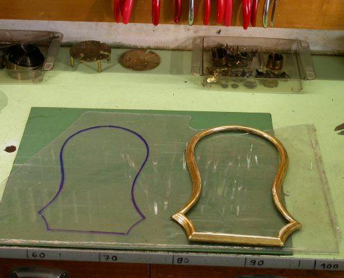 Beispiel 12 Zuschnitt und Einbau von antiken Scheibengläser