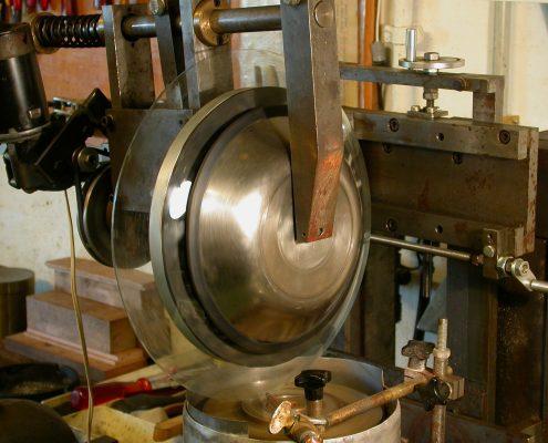 Beispiel 3 Einschleifen von Uhrengläser bis 300mm Durchmesser