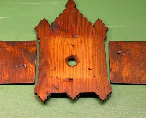 Beispiel 34 Anfertigung von Gehäusetüren für schwarzwälder Uhren nachher