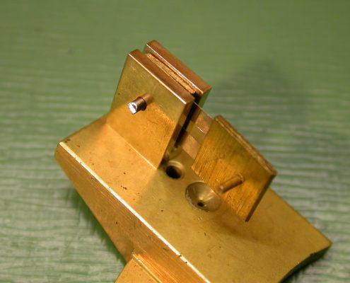 Beispiel 5 Nachfertigung von Pendelaufhängung mit Ankerbrücke