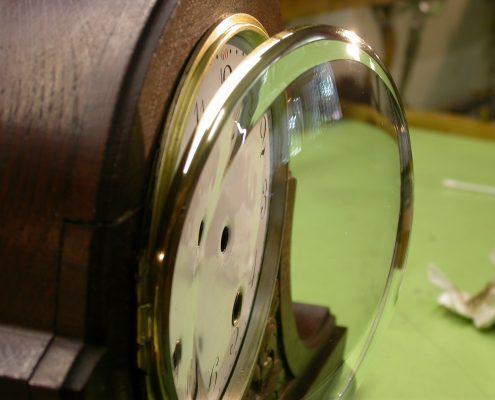 Beispiel 6 Herstellung von Uhrengläser mitFacette